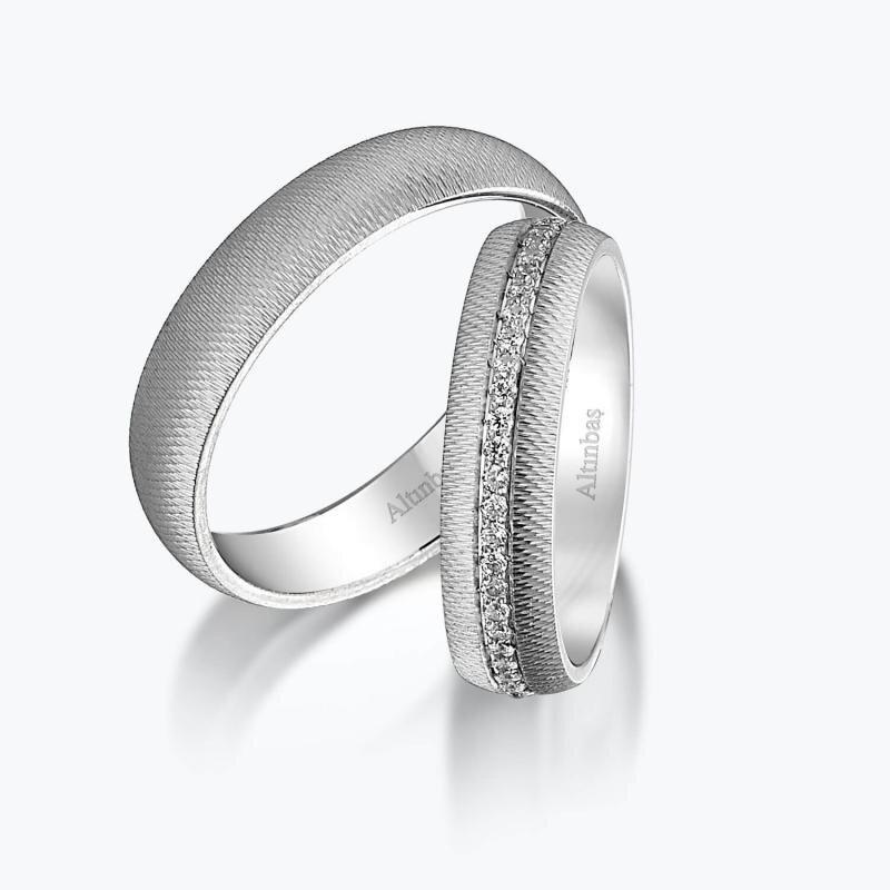 Superlight Gold Wedding Rings