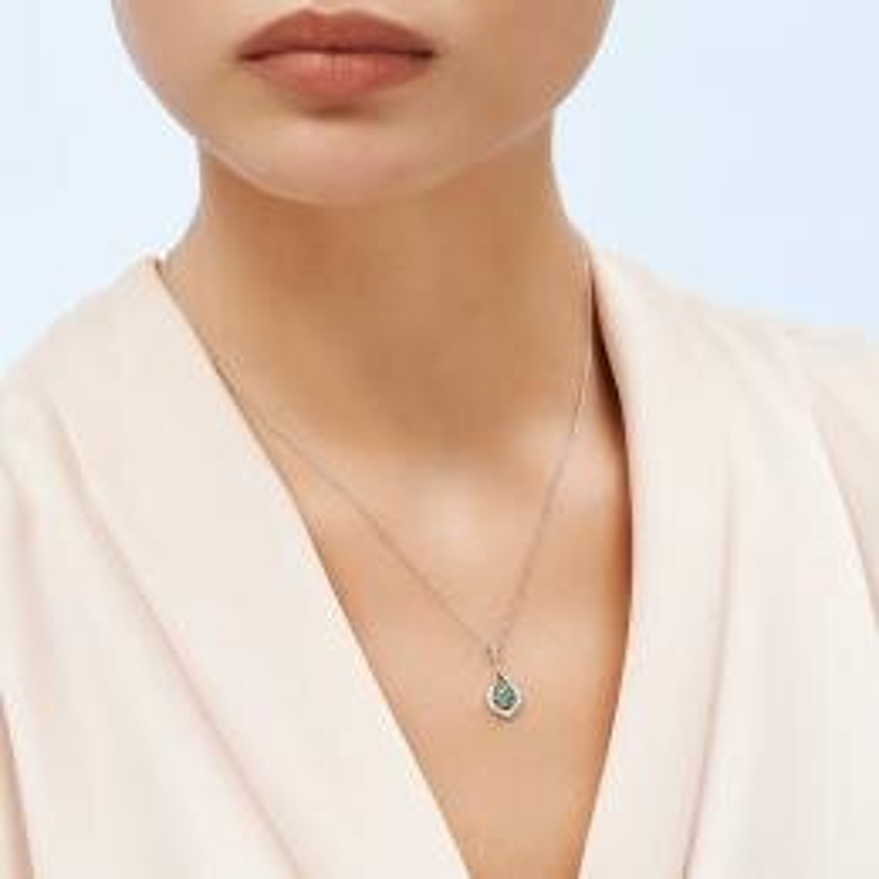 0.09 Carat Emerald Diamond Necklace