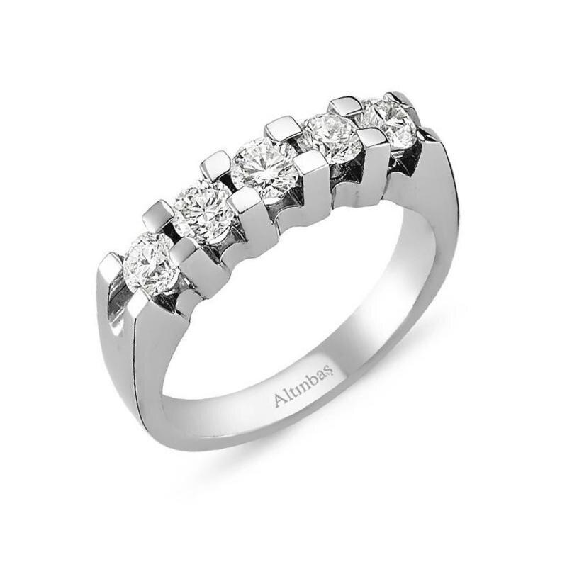 0.62 Carat Bague Diamant Cinq Pierres