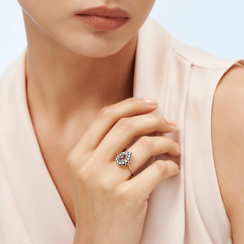 0.16 Carat Ruby Diamond Ring